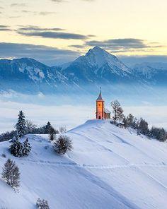 Ямник, Словения