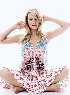 Margot Robbie beauty