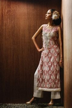 Pakistani fashion overdress with palazzo pants Pakistani Outfits, Indian Outfits, Asian Fashion, Sporty Fashion, Ski Fashion, Fashion Women, Winter Fashion, Middle Eastern Fashion, Red Bridesmaid Dresses