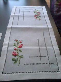 flores de pensamientos en punto de cruz para camino de mesa - Yahoo Image Search Results