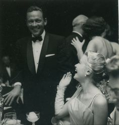Grace Kelly and William Holden at the Academy Awards ceremony.