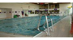 Zwembad Mimosa in Kortrijk ontruimd na CO-lek | Focus & WTV