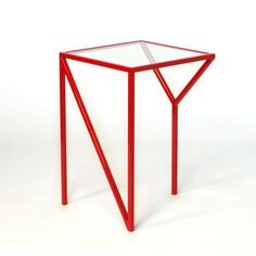 """NY"" table. Awesome and simple DIY project right there!!"