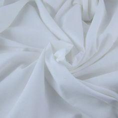 Voile de coton blanc, autrement appelé organdi de coton, les 3 mètres 10 € les Coupons de Saint Pierre