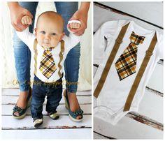 He encontrado este interesante anuncio de Etsy en https://www.etsy.com/es/listing/108553119/baby-boy-tie-and-suspenders-bodysuit-tie