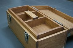 Functional and Sturdy Wooden Toolbox : 17 Steps (with Pictures) - Instructables Tool Box Diy, Wood Tool Box, Wooden Tool Boxes, Wood Tools, Beginner Woodworking Projects, Router Woodworking, Woodworking Supplies, Woodworking Toolbox Ideas, Diy Toolbox