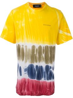 Build the foundations to your look with our collection of designer T-shirts for men at Farfetch. Tie Dye T Shirts, Jean Shirts, Tie Dyed, Dsquared2, Cotton Linen, Short Sleeves, Knit Tops, Mens Fashion, Fabric