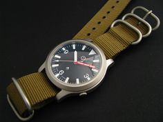 SNK809K Mil photo: With high domed coated sapphire and olive nato This photo was uploaded by yobokies
