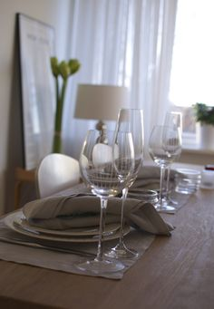tablesetting // white and grey // modern home