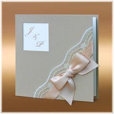 Svatební oznámení s krajkou a mašlí