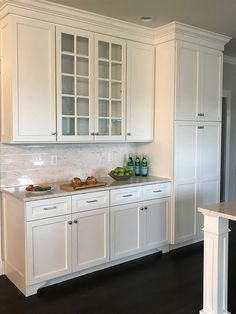 new kitchen cabinets Shaker style Kitchen cabinet paint color Sherwin Williams Extra White Shaker Style Kitchen Cabinets, Glass Kitchen Cabinet Doors, Painting Kitchen Cabinets White, Shaker Style Kitchens, Refacing Kitchen Cabinets, Kitchen Cabinet Styles, Home Kitchens, White Cabinets, Kitchen Paint