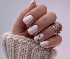 In seek out some nail designs and ideas for your nails? Here is our listing of must-try coffin acrylic nails for trendy women. Stylish Nails, Trendy Nails, Cute Acrylic Nails, Cute Nails, Hair And Nails, My Nails, Romantic Nails, Gel Nail Art Designs, Minimalist Nails