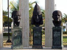 Monumento a celebres personajes de la historia de ciudad. Por Iván Lara