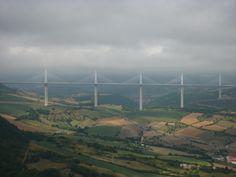 De brug bij Millau, gezien vanaf Col de Coste.