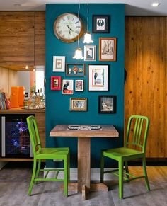 Love the random framed art and brightly painted chairs against the bold wall color. It's amazing what a little paint can do. Dinner Room, Wall Decor, Room Decor, Interior Decorating, Interior Design, Painted Chairs, Decorate Your Room, Decoration, Small Spaces