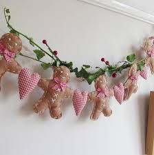 Resultado de imagem para gingerbread felt ornaments