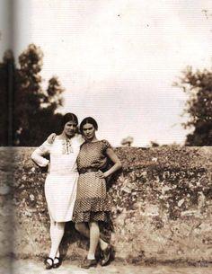Tina Modotti and Frida Kahlo.