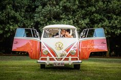 Photo by Tom Hall http://tomhallphotography.com.au Deluxe Kombi Service Sunshine Coast