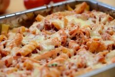 Tuna Noodle Casserole - A tuna noodle casserole is an inexpensive and delicious meal. Healthy Recipes For Diabetics, Healthy Gluten Free Recipes, Healthy Pasta Recipes, Shrimp Recipes, Cooking Recipes, Different Recipes, Diy Food, Macaroni And Cheese, Food Porn