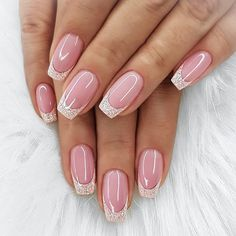 35 Pretty nail art designs for any occasion wedding nail designs for brides, nails with glitter, nails for wedding guest , glitter nail designs , nail trends 2020 Chic Nails, Classy Nails, Stylish Nails, Popular Nail Designs, Classy Nail Designs, Cute Nail Art Designs, Beautiful Nail Designs, Beautiful Nail Art, Bride Nails