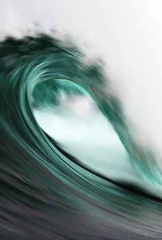 turquoise: big wave | beach, ocean & sea . Strand & Meer . plages & mer | Photo: Ewen Charton @ dumbat |