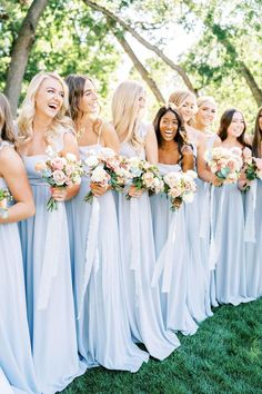 How One Couple Used Hundreds of Bistro Lights and Floral Installations to Transform Their Backyard W Blue Wedding Colour Theme, Blue Wedding Flowers, Theme Color, Baby Blue Wedding Theme, Periwinkle Wedding, Light Blue Flowers, Summer Wedding Colors, Rose Wedding, Sky Blue Weddings
