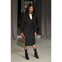 Naomi Campbell carrying the medium DK 88 bag on Feb 20th in London @burberry  via NUMERO THAILAND MAGAZINE OFFICIAL INSTAGRAM - Celebrity  Fashion  Haute Couture  Advertising  Culture  Beauty  Editorial Photography  Magazine Covers  Supermodels  Runway Models