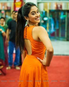 Regina Cassandra, Straight Ponytail, Backless, Abs, Dresses, Gallery, Fashion, Women, Gowns