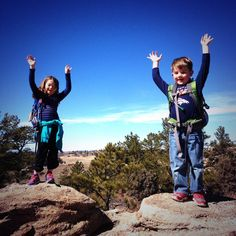 Hiking with my crew today. Gotta love #Colorado @katydazzler pic.twitter.com/98ZuUxa3me