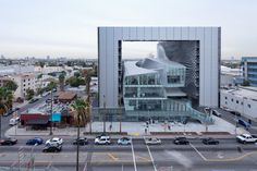 """Interview With Thom Mayne: """"I Am a Pragmatic Idealist"""",Emerson College Los Angeles, 2014. Image © Iwan Baan"""
