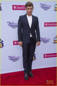 Garrett Clayton at the Radio Disney Music Awards 2015