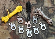 Lot EDC Survival Buckle CNC Stainless Steel Outdoor Hiking Knotting for sale online Survival Prepping, Emergency Preparedness, Survival Life, Wilderness Survival, Edc, Paracord Accessories, Paracord Projects, Paracord Ideas, Diy Projects