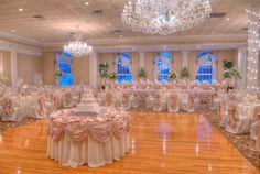 Chicago Wedding Venue :: Abbington Distinctive Banquets - Glen Ellyn, IL