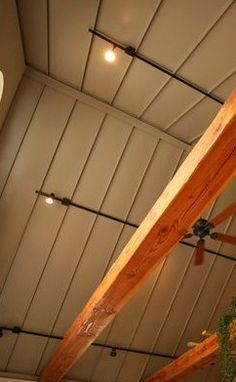 Looking For Roof Repairing Tips? Check Out This Article - Useful Roofing Tips Metal Roof Repair, Flat Roof Repair, Flat Roof Replacement, Residential Metal Roofing, Roofing Systems, Fort Mcmurray, Roofing Contractors, Roofing Materials, Metal Buildings