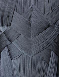 Robe du soir, Grès © Eric Emo / Galliera / Roger-Viollet