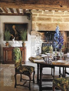 Normandy vacation home of Peter Copping - Artistic Director Oscar De La Renta and his husband, floral designer Rambert Riguad - Marly col. Verde - Colony Roma:  #interior #design #boyac #fabric #colony