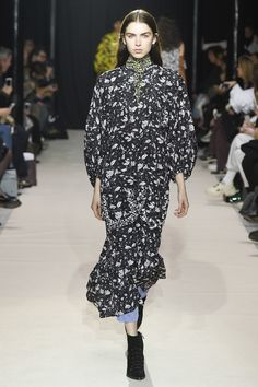 Christian Wijnants Fall 2017 Ready-to-Wear Collection Photos - Vogue