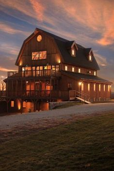 The gambrel barn design is well suited to barn homes or traditional barn uses. Based on European style barns, the gambrel increase the interior capacity vs. Barn House Kits, Barn House Plans, Barn Plans, Barn Houses, Barn Style Houses, Garage Plans, Rustic Barn Homes, Pole Barn Homes, Rustic Cottage