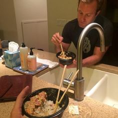 """♥♥♥ """"Poke bowls with the roommate"""" Credit: Justin Fischer on IG Scott Caan, Poke Bowl, Hawaii Five O, Alex O'loughlin, Roommate, Bowls, Ohana, Handsome, Twitter"""