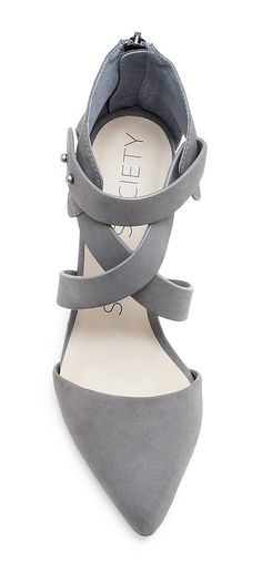 Gray criss cross pumps