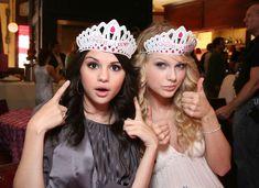 Agen Casino 338a » Master Agen Bola – Selena Gomez Akan Dapatkan Kejutan Ultah Dari Taylor Swift