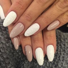 This is the coziest way to wear nail polish this winter ongles pull, ongles longs Gel Nail Art Designs, Classy Nail Designs, Pretty Nail Designs, Winter Nail Designs, Nails Design, Classy Nails, Trendy Nails, Holiday Nails, Christmas Nails
