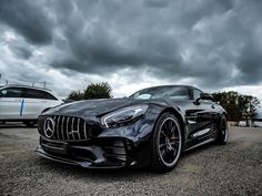 Mercedes AMG 65 GTR custom , la plus puissante et sportive des Mercedes AMG de (petite) série... un must...