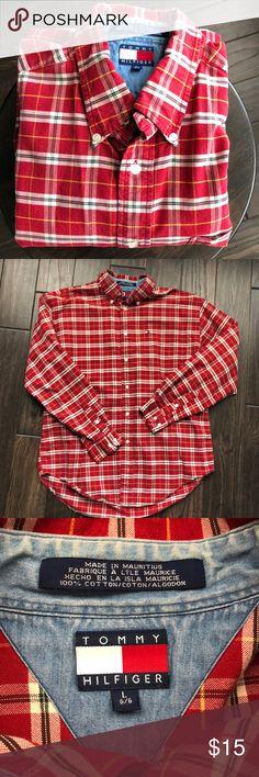 Tommy Hilfiger plaid dress shirt Great condition, just too big for my husband. Tommy Hilfiger Shirts Dress Shirts