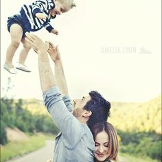 Family photo idea:)