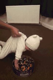 Baby candy crane game... #funny #funnyphoto #gif