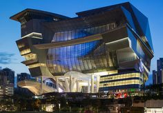 Image 11 of 29 from gallery of The Star / Andrew Bromberg of Aedas. Photograph by Aedas Amazing Buildings, Amazing Architecture, Modern Architecture, Building Facade, Cultural Center, Built Environment, Willis Tower, Shopping Mall, Singapore