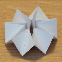tetrakaidecagonal kaleidocycles