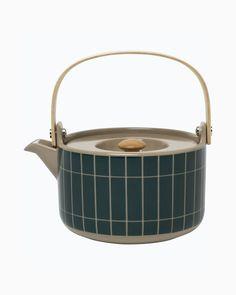 tiiliskivi teapot Marimekko, Carafe, Brick Patterns, Ceramic Teapots, Minimalist Interior, Wooden Handles, Scandinavian Design, Afternoon Tea, Stoneware