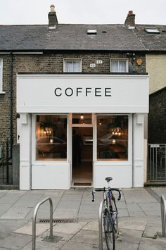 New design cafe exterior coffee shop ideas Coffee Shop Design, Cafe Design, Signage Design, Deco Cafe, Cafe Shop, Cool Cafe, Shop Fronts, My Coffee, Morning Coffee
